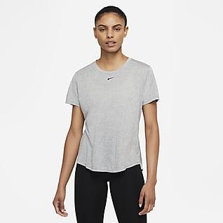 Nike Dri-FIT One Kortärmad tröja med standardpassform för kvinnor