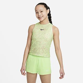 NikeCourt Dri-FIT Victory Mintás tenisztrikó nagyobb gyerekeknek (lányok)