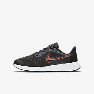 Nike Revolution 5 Power Laufschuh für ältere Kinder
