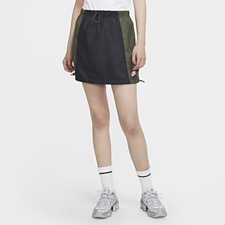 Nike Sportswear กระโปรงผู้หญิงแบบทอ