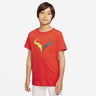 NikeCourt Dri-FIT Rafa Tennis-T-Shirt til større børn (drenge)