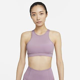 Nike Yoga Dri-FIT Swoosh สปอร์ตบราผู้หญิงซัพพอร์ตระดับกลางคอสูงมีแผ่นฟองน้ำ 1 ชิ้น