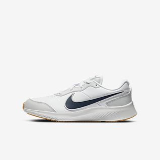 Nike Varsity Big Kids' Running Shoe