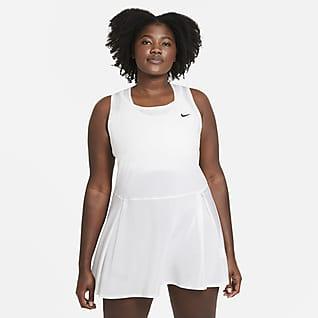NikeCourt Dri-FIT Advantage Tennisklänning för kvinnor (Plus size)