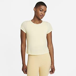 Nike Yoga Dri-FIT Kortärmad tröja för kvinnor