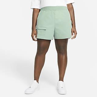 Nike Sportswear Swoosh Shorts cargo para mujer talla grande