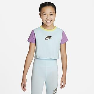 Nike Sportswear Playera recortada para niña talla grande