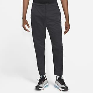 Nike Sportswear Tech Essentials Ανδρικό παντελόνι χωρίς επένδυση για αστικές μετακινήσεις