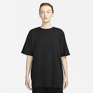 Nike ESC Grafikli Kadın Tişörtü