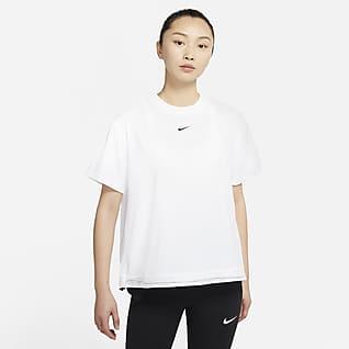 Nike Sportswear Tech Pack เสื้อแขนสั้นผู้หญิง