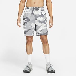 Nike Dri-FIT Shorts de entrenamiento con estampado de camuflaje para hombre