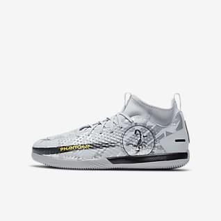 Nike Jr. Phantom Scorpion Academy Dynamic Fit IC Younger/Older Kids' Indoor Court Football Shoe