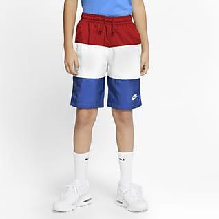 Nike Sportswear Spodenki z tkaniny dla dużych dzieci (chłopców)