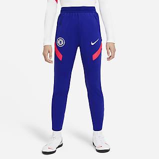 Chelsea F.C. Strike Older Kids' Knit Football Pants