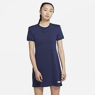 Nike Sportswear Icon Clash 女子短袖连衣裙