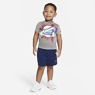 Nike Conjunto de playera y shorts para bebé