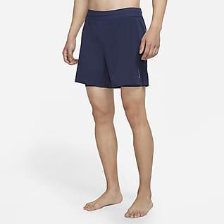 Nike Yoga 2-in-1 男子短裤