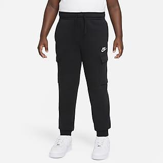 Nike Sportswear Club Genç Çocuk (Erkek) Kargo Eşofman Altı (Geniş Beden)