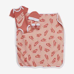 Nike Baby (0-12M) 4-Piece Box Set (w/ Blanket)