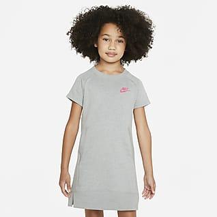 Nike Sportswear Vestido para niñas pequeñas