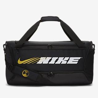 Nike Brasilia กระเป๋า Duffel เทรนนิ่งมีกราฟิก (ขนาดกลาง)