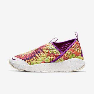 Slip-On Shoes. Nike PH