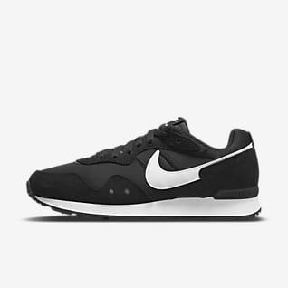 Nike Venture Runner Wide Women's Shoe