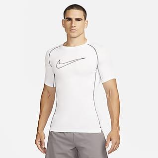 Nike Pro Dri-FIT Kortærmet overdel med tætsiddende pasform til mænd