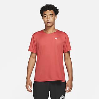 Nike Dri-FIT Wild Run Rise 365 Playera de running con gráfico de manga corta para hombre