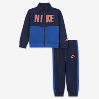 Nike Caja de conjunto de entrenamiento para bebé (12 a 24M)