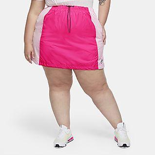 Nike Sportswear Icon Clash Women's Woven Skirt (Plus Size)