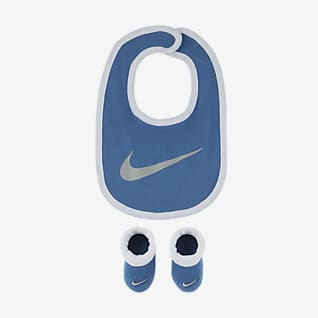 Nike Baby (0-6M) Bib and Booties Box Set