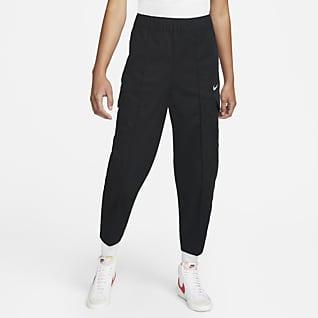 Nike Sportswear Essentials Calças entrançadas com corte arredondado e cintura subida para mulher