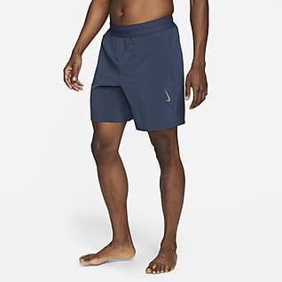 Nike Yoga Dri-FIT กางเกงขาสั้นผู้ชาย