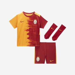 Galatasaray 2020/21 Home Fußballtrikot-Set für Babys und Kleinkinder
