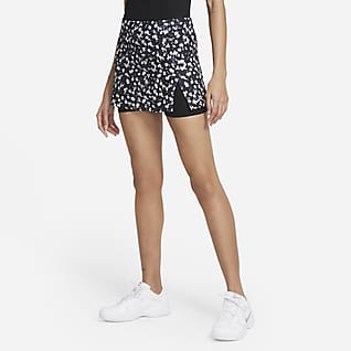 NikeCourt Dri-FIT Victory Damen-Tennisrock mit Print