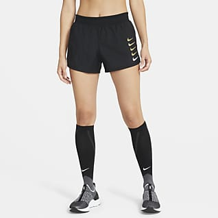 Nike Swoosh Run กางเกงวิ่งขาสั้นผู้หญิง