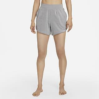 Nike Yoga Shorts de tela rib para mujer