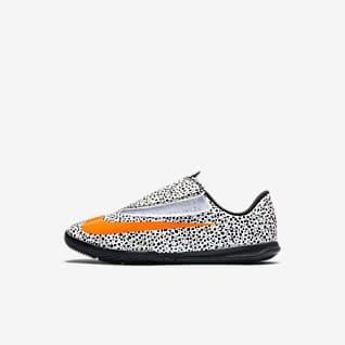 Nike Jr. Mercurial Vapor 13 Club CR7 Safari IC Chaussure de football en salle pour Bébé/Jeune enfant