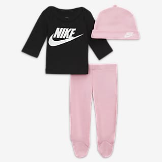 Nike Baby (Preemie) T-Shirt, Footed Pants and Hat Set