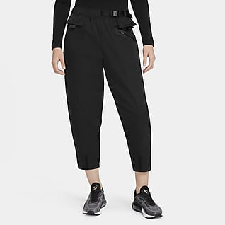 Nike Sportswear Tech Pack Curve-Hose aus Webmaterial für Damen
