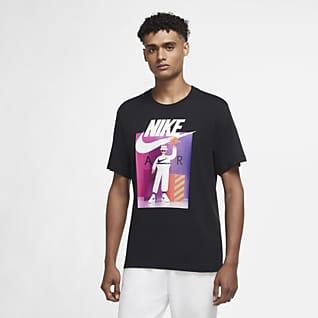 Nike Sportswear Men's Graphic T-Shirt
