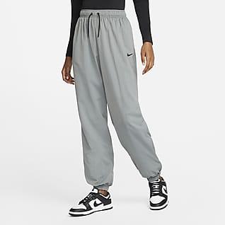 Nike Sportswear Essential Women's Oversized Woven Joggers