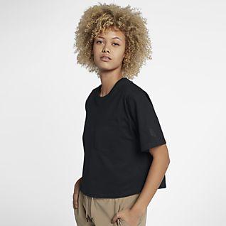 NikeLab Collection เสื้อยืดผู้หญิง
