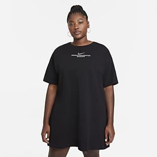 Nike Sportswear Swoosh Dámské šaty (větší velikost)