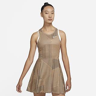 NikeCourt Dri-FIT Advantage 女子印花网球连衣裙