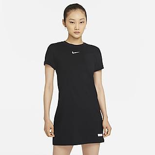Nike Sportswear Icon Clash เดรสแขนสั้นผู้หญิง