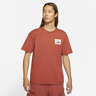 ナイキ ACG ショートスリーブ Tシャツ (XS-2XL)