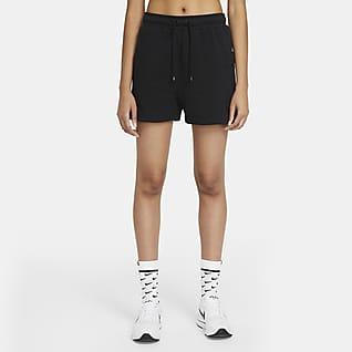 Nike Air กางเกงขาสั้นผ้าฟลีซผู้หญิง