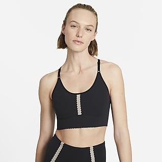 Nike Yoga Dri-FIT Indy Sujetador deportivo acolchado de sujeción ligera con ojales para mujer